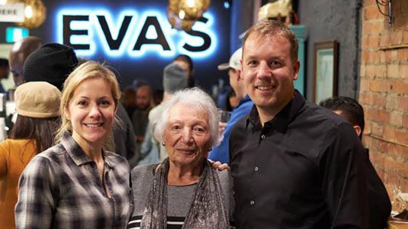 Eva's Original Chimneys - in Executive America